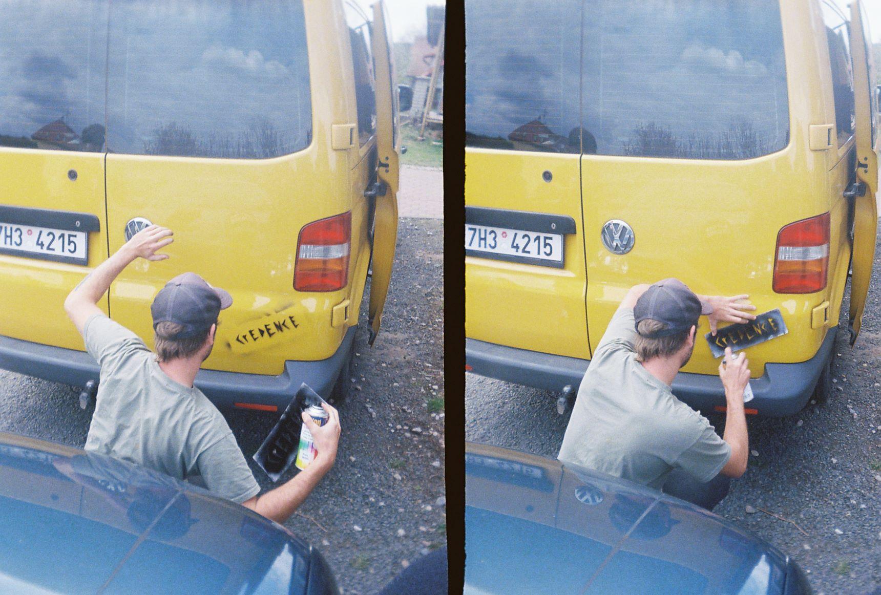047_jes kredence... jes vanlajf... jes sprejování na auta